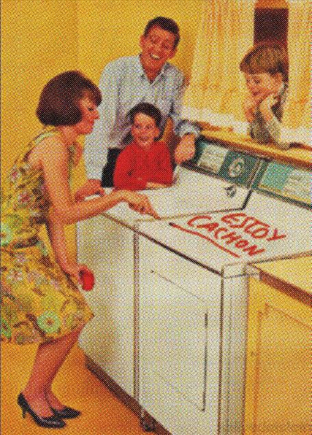 mujer lavadora
