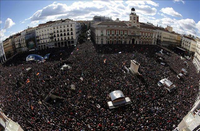 miles-manifiestan-madrid-convocadas-podemos_ediima20150131_0207_5